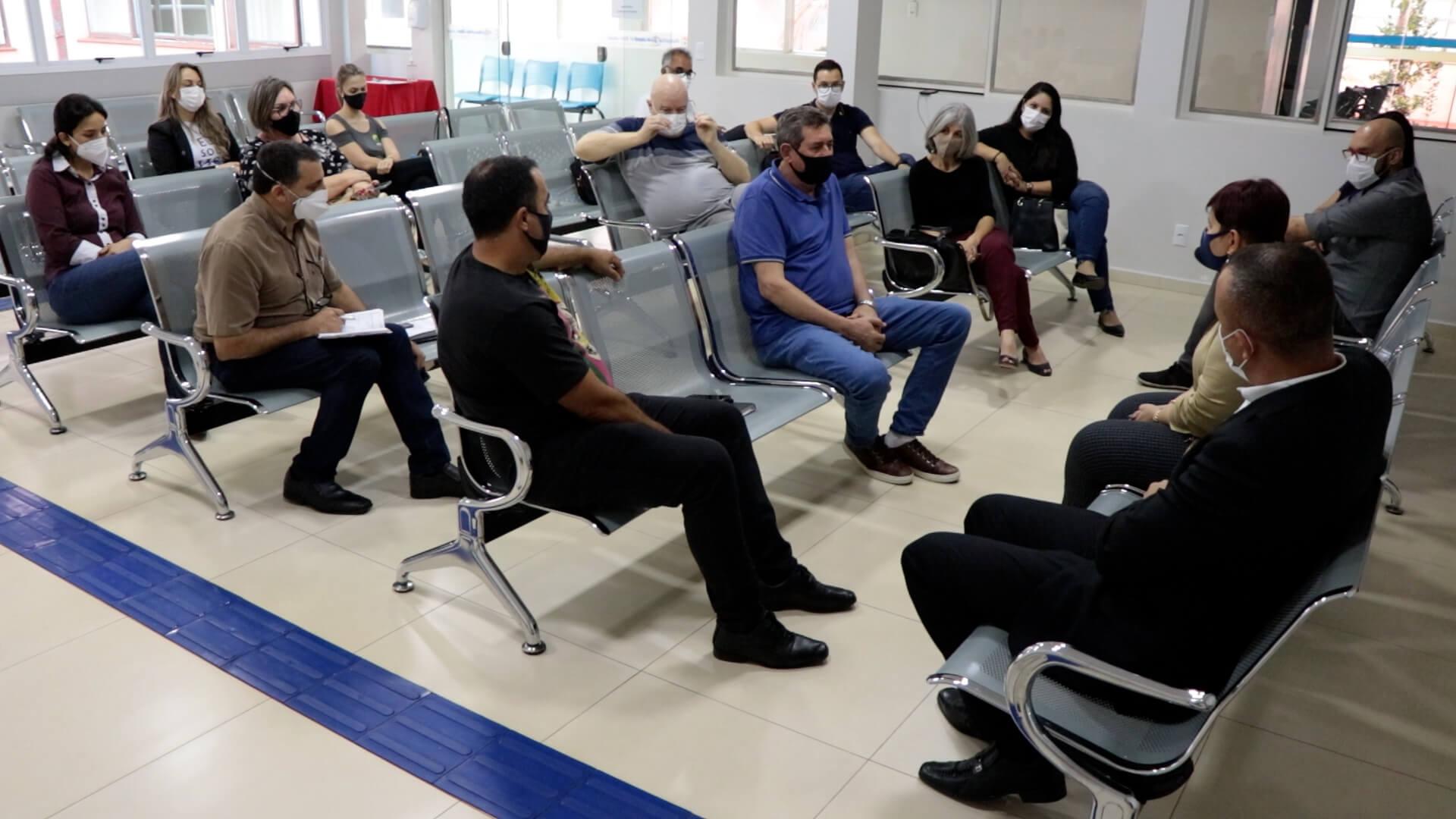 Vice-prefeito participa de importante reunião com a direção doHospital São José