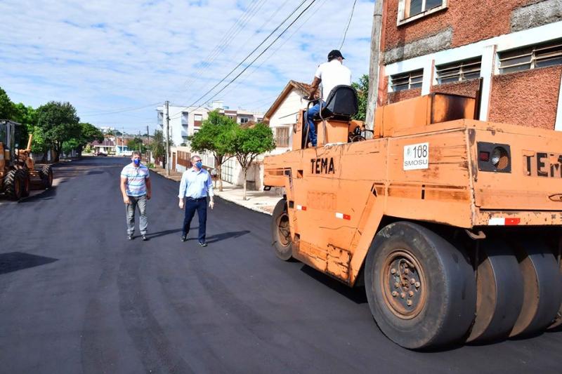 Rua Aniceto Gomes Castanho é a 345ª quadra asfaltada em Santo Ângelo