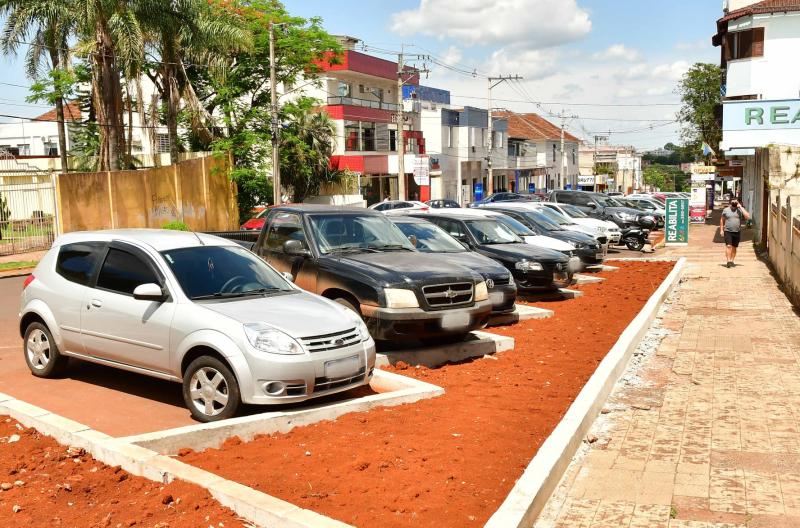 Revitalização da Rua Antônio Manoel estará concluída até o Natal