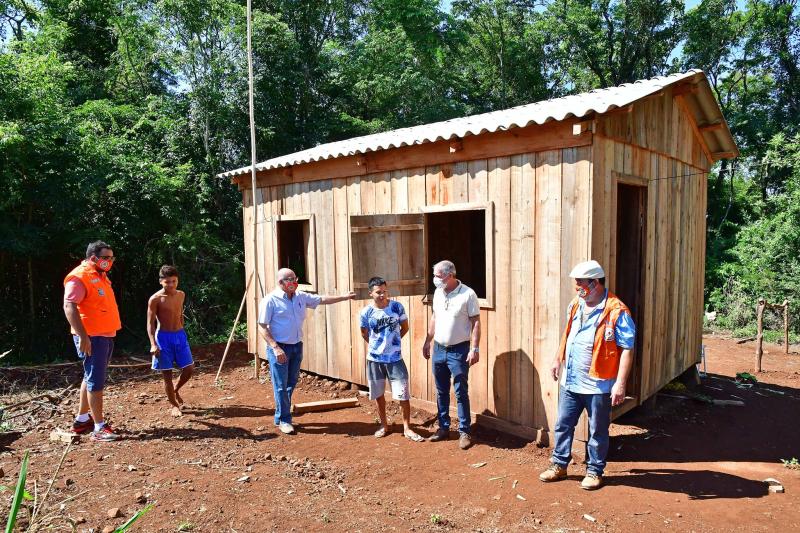 Novas casas são construídas na Aldeia Tekoá Pyaú