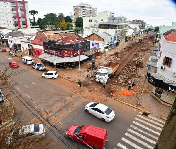 Obras do calçadão provocarão alteração no trânsito do centro da cidade