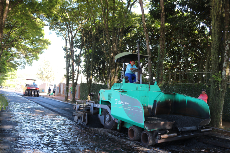 Infraestrutura: obras de pavimentação asfáltica iniciam na Avenida Avaí