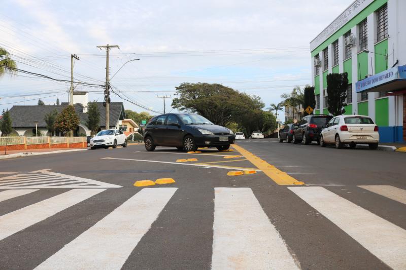 Mudanças no trânsito são realizadas na Avenida Avaí