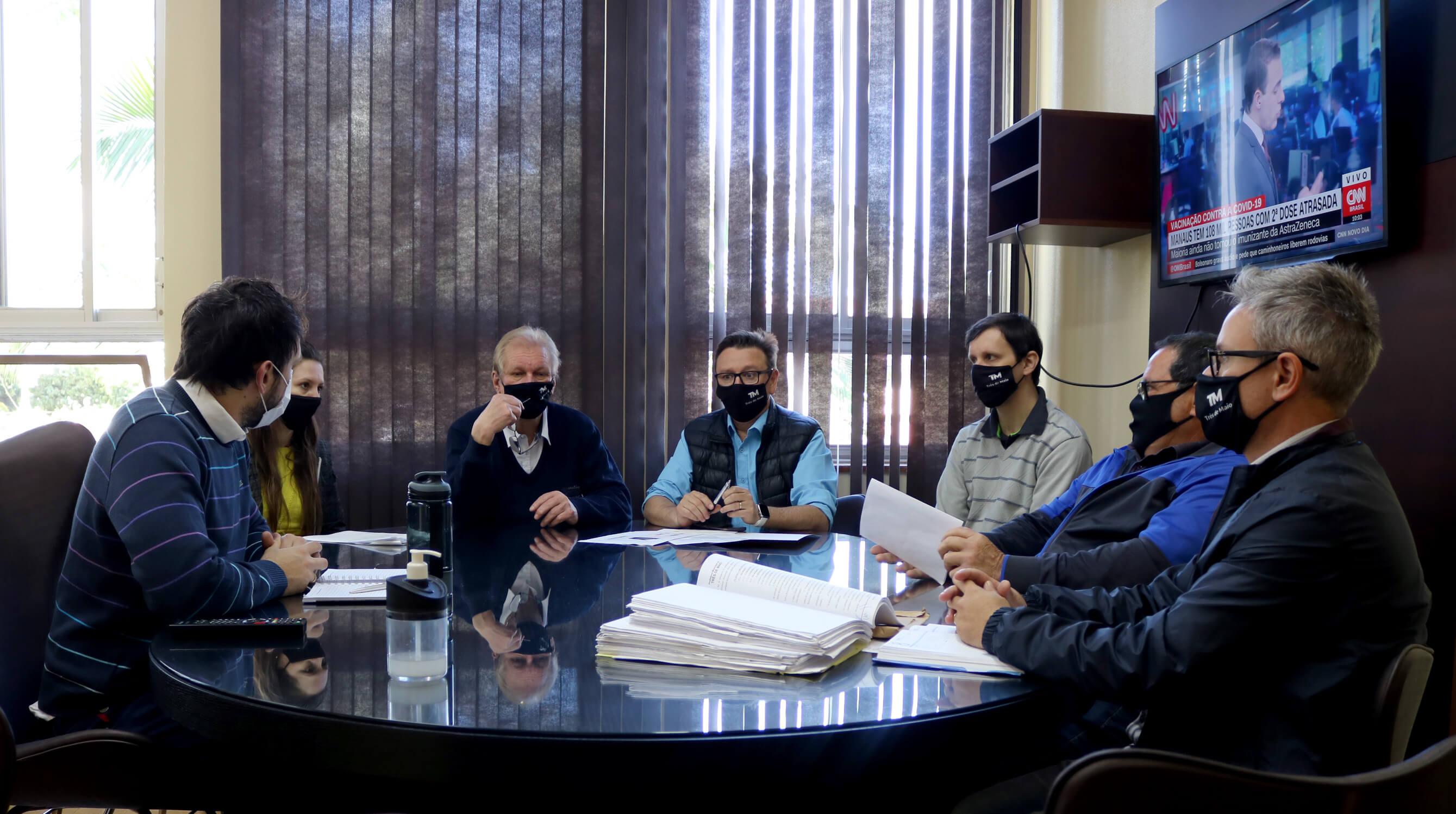 REFORMA DO GINÁSIO MUNICIPAL DE ESPORTES CESLAU SAWITZKI AGUARDA ATUALIZAÇÃO DE PLANILHA DE CUSTOS